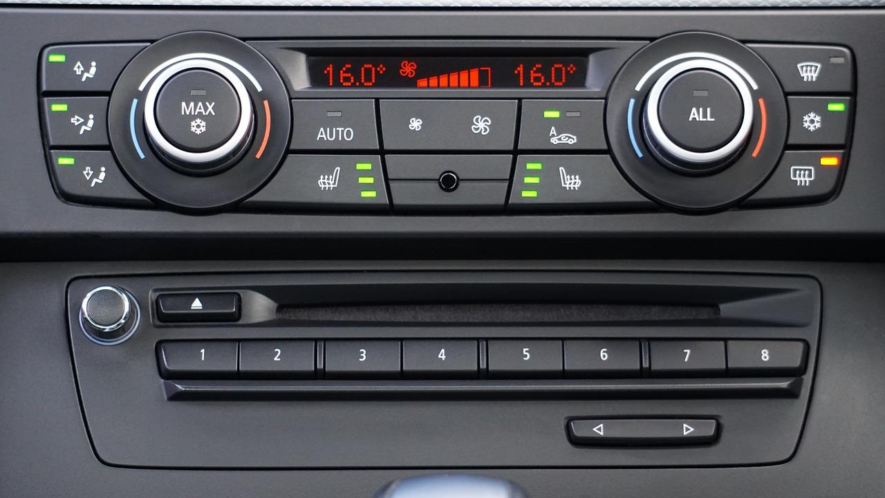 Serwis klimy w samochodzie – o czym warto wiedzieć?